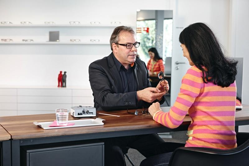 Referenz Ladenbau-Einrichtung mit Designmöbeln // Seipp News ...